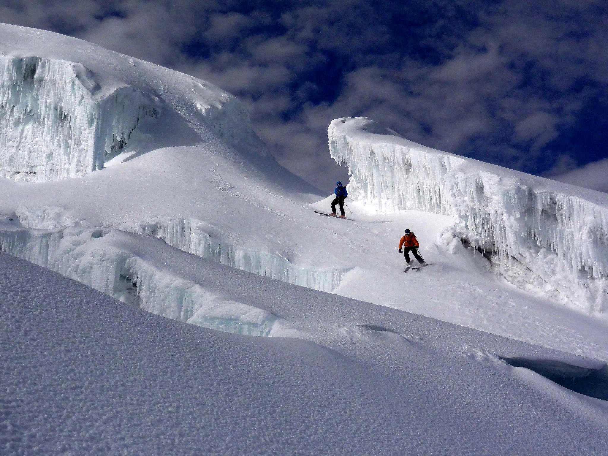 Skiing-Crevasses-on-Cotopaxi-2
